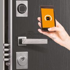 Aprire la porta con smartphone o impronta digitale? Ora si può!