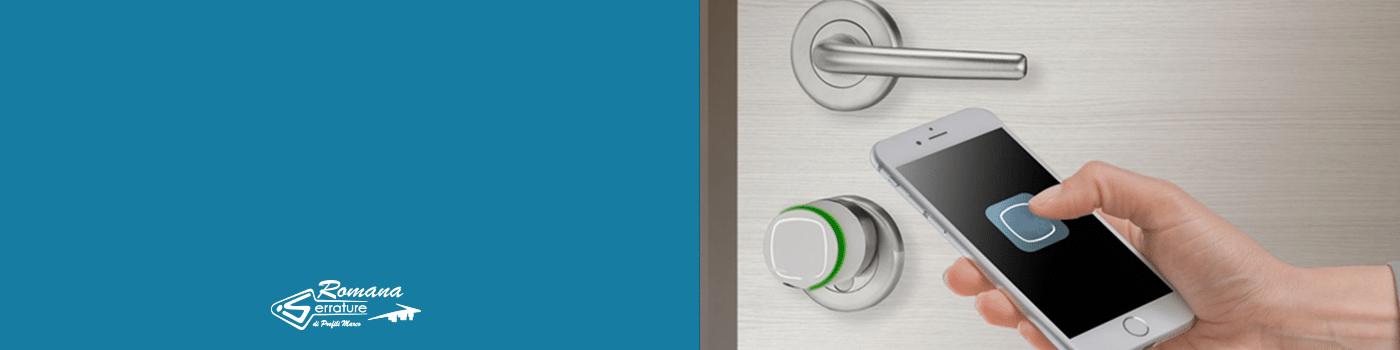 aprire-serratura-com-smartphone-serratura-elettronica-maniglia-elettronica-serrature-hotel